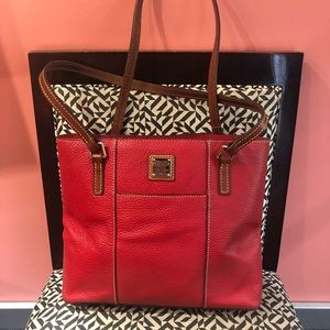 Red dooney and Bourke tote